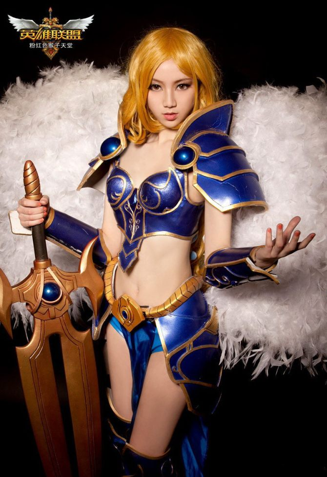 sexy cosplay of kayle the judicator of league of legends 4  1200 - Garen Build S