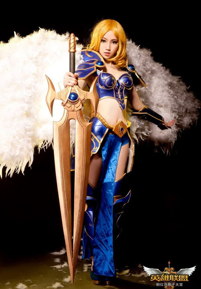 Sexy cosplay of Kayle, the judicator of league of legends